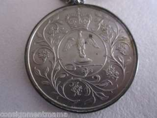 Great Britain United Kingdom UK 25 Pence 1977 Pendant Necklace Silver