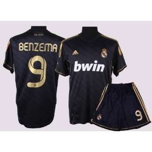 NEW REAL MADRID 2011 / 2012 AWAY JERSEY BENZEMA SHIRT + SHORTS SIZE M
