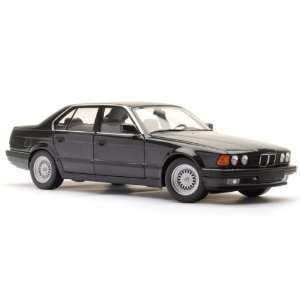 1987 BMW 730i E32 7 Series Black 1:18 Minichamps: Toys