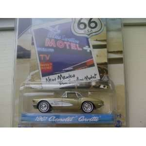 SE Route 66 Blue Swallow Motel 1961 Chevrolet Corvette Diecast