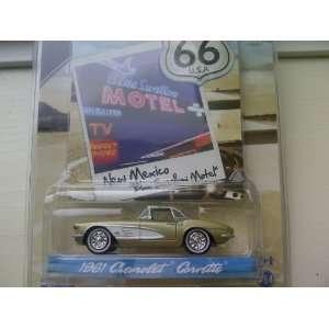 SE Route 66 Blue Swallow Motel 1961 Chevrolet Corvette Diecast