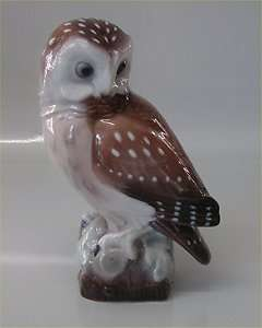 80 Lyngby bird: Owl 17 cm Marked with a Royal Crown Handpainted