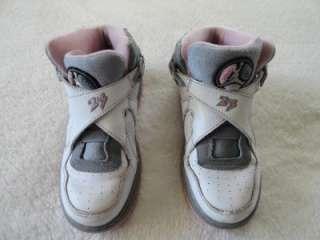 Girls Youths Size 1 Y Nike Air Jordan Sneakers High Top White Gray