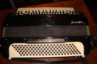EXCELLANT VINTAGE ACCORDION ACCORDIAN GENERALFISA ITALY 41/120