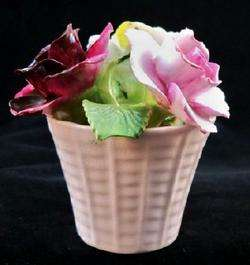 RADNOR Bone China Flower Arrangement England R2 |