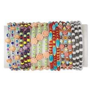 12* Bracelet mix, acrylic and coil memory wire