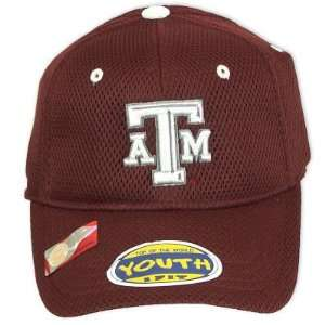 TEXAS A&M AGGIES OFFICIAL NCAA LOGO ONE FIT YOUTH PERFORMANCE HAT CAP