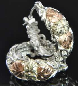Up for your consideration here is a lovely pair of Black Hills Gold