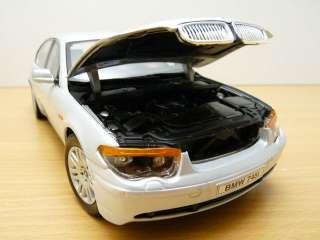 BMW SERIE 7 745i gris métallisé 2002 1/18 E65