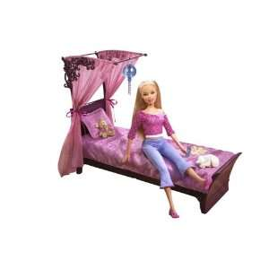 Barbie Doll & Bed: Toys & Games