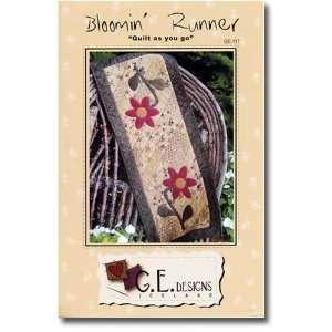 Bloomin Table Runner Pattern