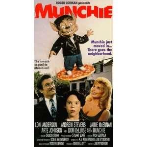 Munchie [VHS] Loni Anderson, Andrew Stevens, Jamie